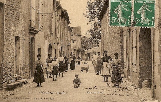 VISITE HISTORIQUE DE NEVIAN